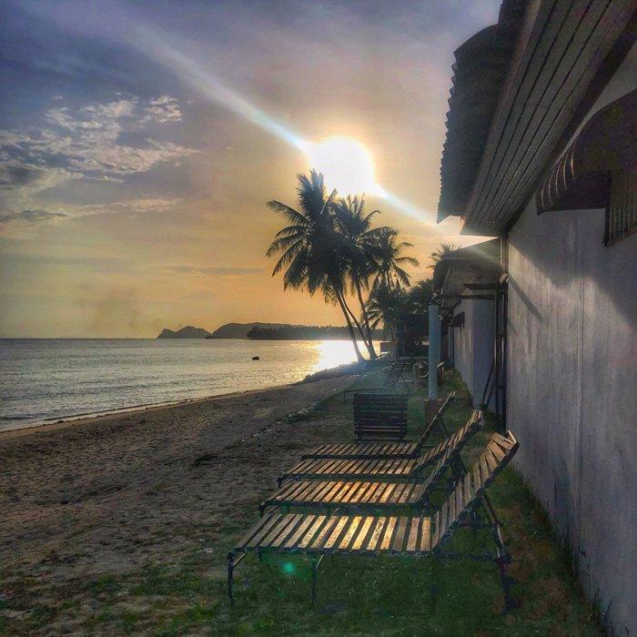 Sunset from the Relax Beach Resort in Koh Phangan