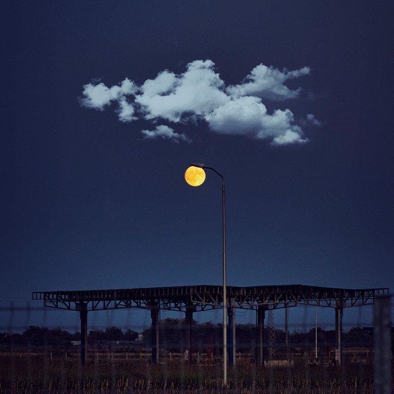 moon s.jpg