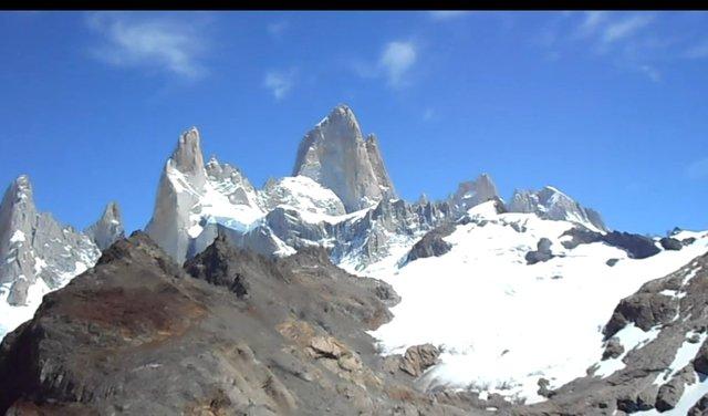 03.-Lago-en-la-cima-El-Chalten-panorama.jpg
