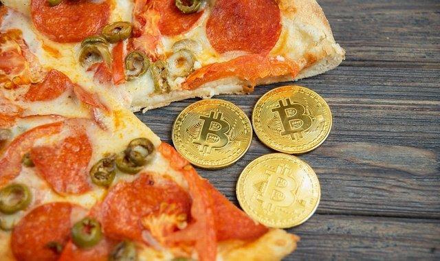 btc pizza.jpg