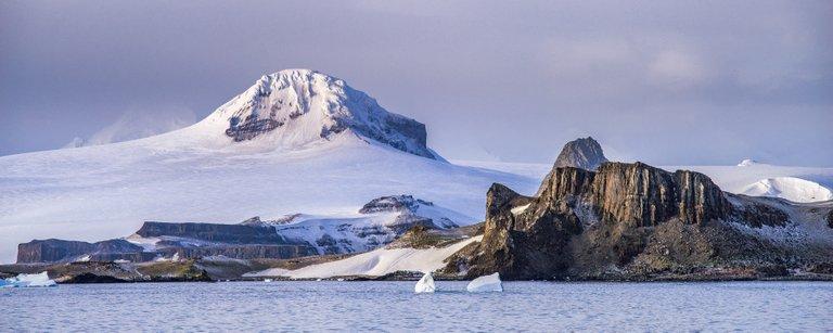 antarctica2.jpg