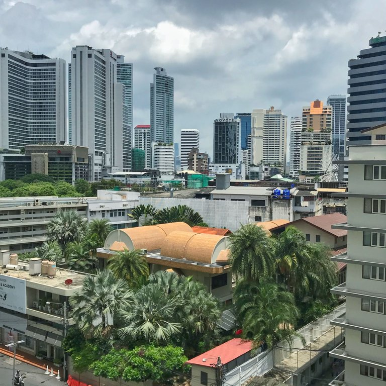 Bangkok seems so calm during the day.