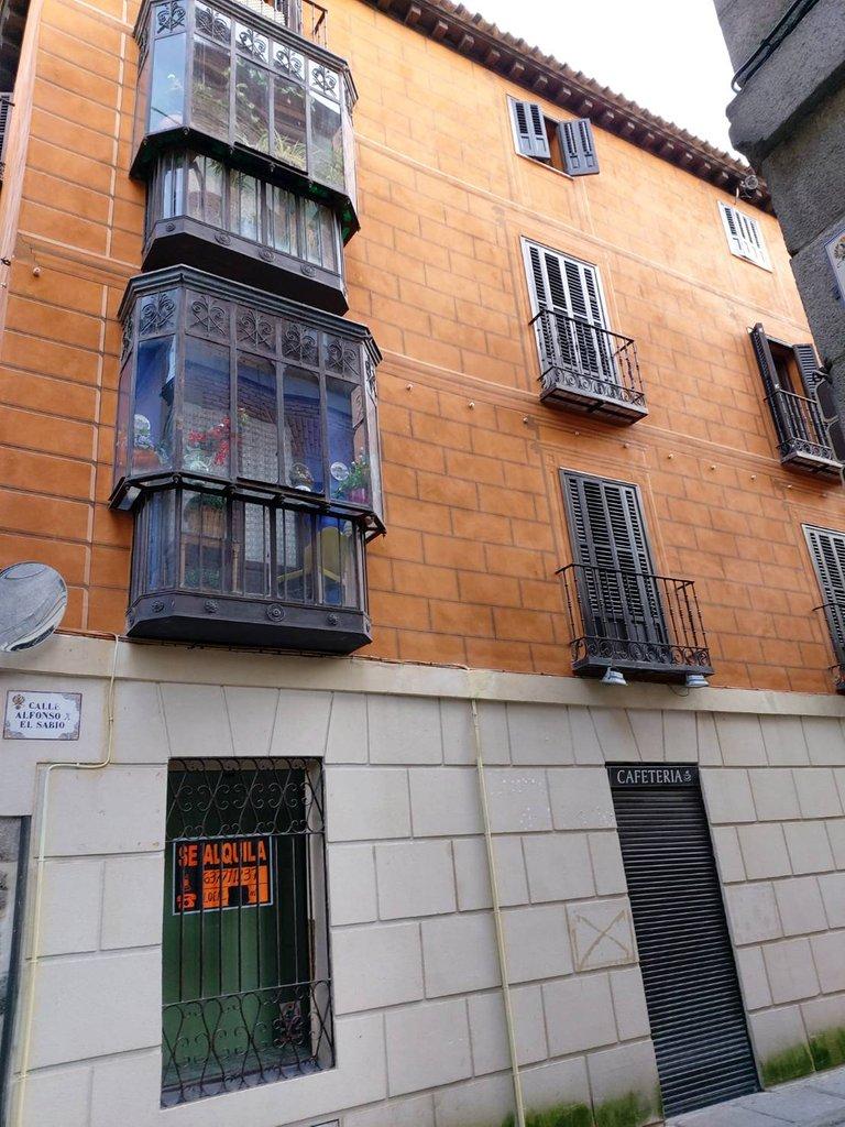 beautiful ancient buildings in Spain9.jpg