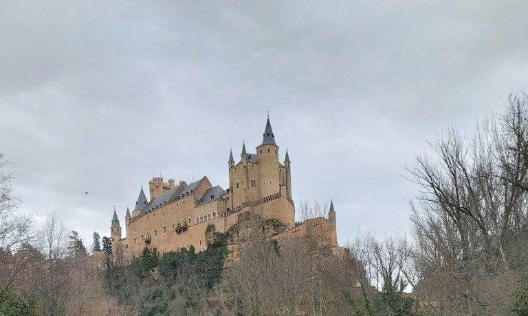 beautiful ancient buildings in Spain2.jpg