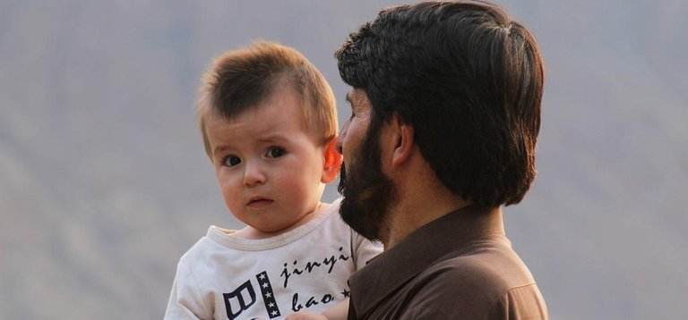 father-4498291_1280.jpg