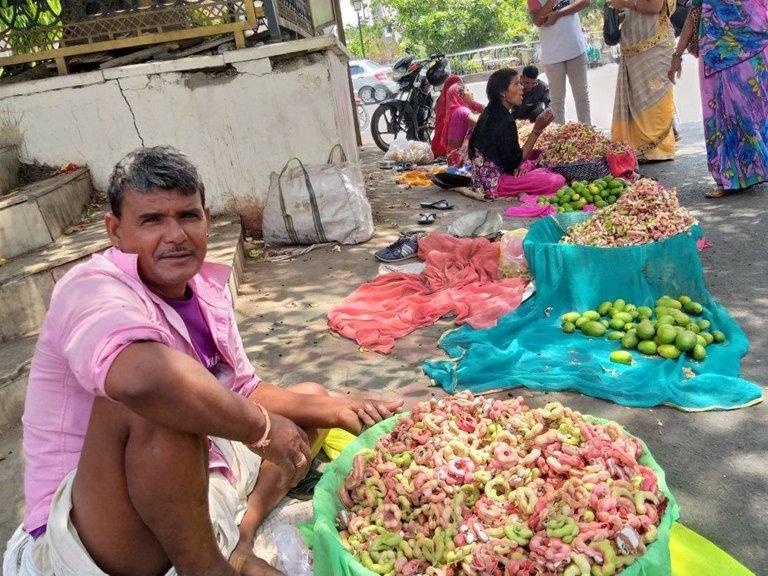 vendor selling Jungle Jalebi.jpg