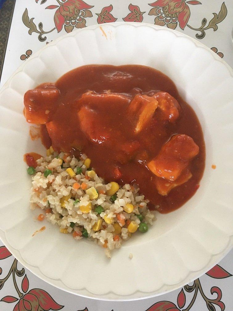 poulet sweet&spicy riz de choufleur cantonnais.JPG