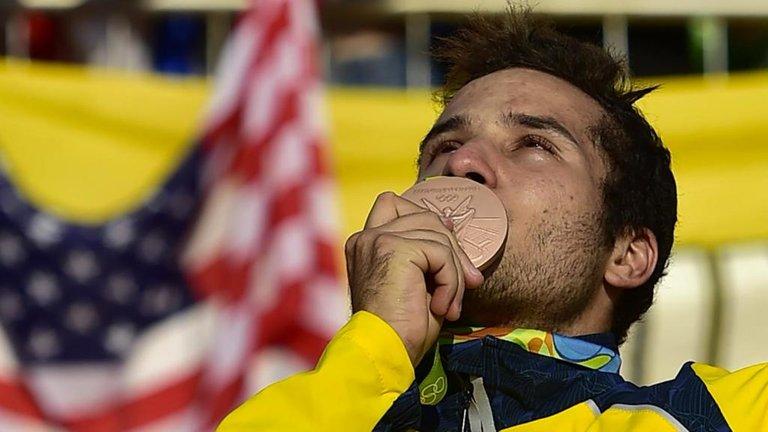 145.-Esperanzas-olimpicas-Carlos-Ramirez-Yepes.jpg