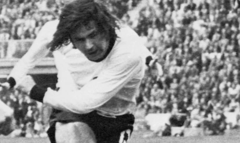 173.-Idolos-Mitos-Leyenda-Futbol-Mundiaj-Gerd-Muller-3.png
