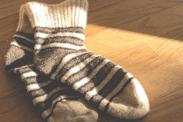socks1906060_640.jpg