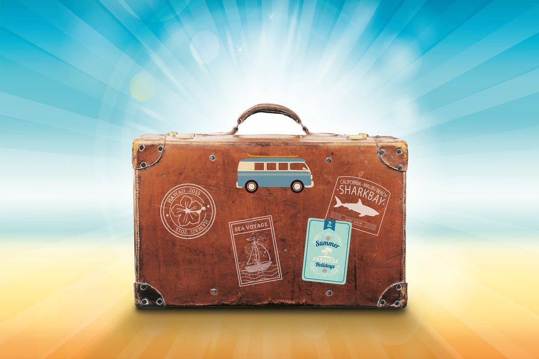 luggage-1149289_1920.jpg
