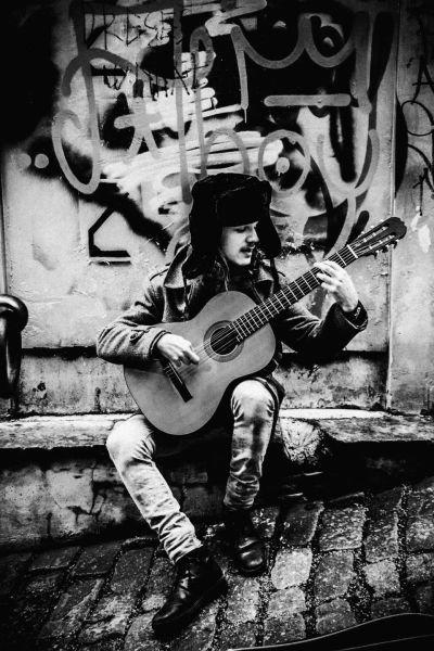 Street-musician.jpg