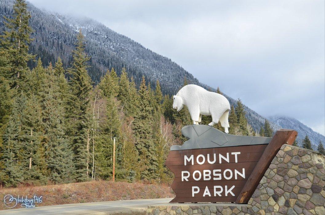 mount robson3.jpg