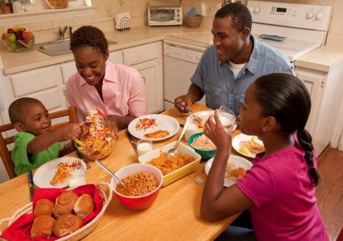 family eating.jpg