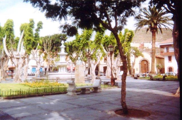 La Laguna Plaza del Adelantado.jpg