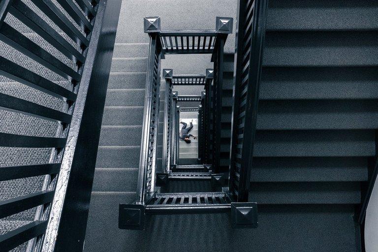 staircase828601_1280 1.jpg
