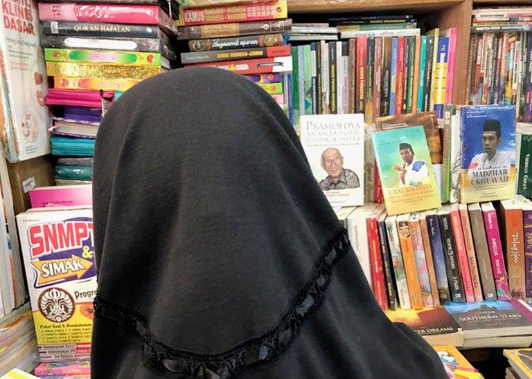 Shopping Books_091.jpg