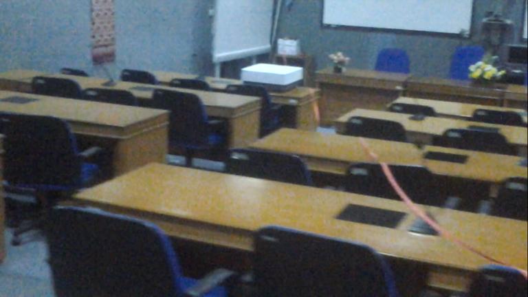 Gambar 3.9 Ruang konferensi penelitian jarak 15 meter.png