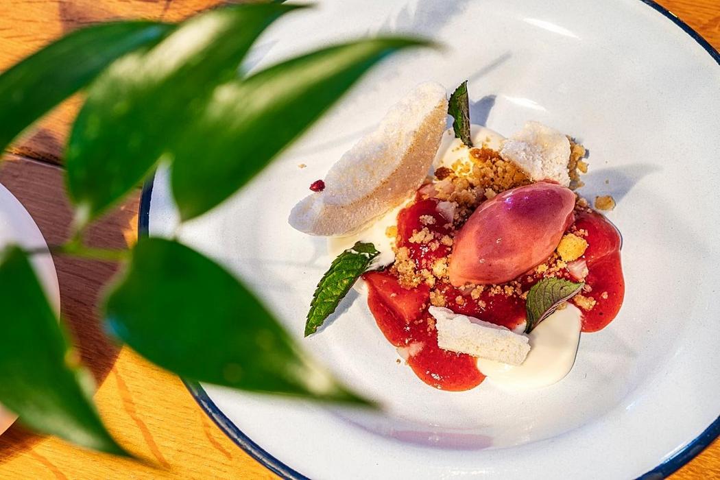 Strawberry trio with asparagus cream and meringue.