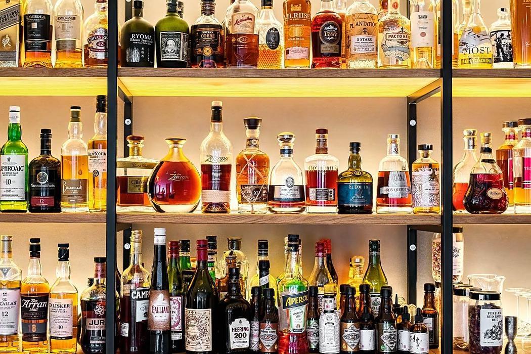 Well stocked Galerija Okusov bar.