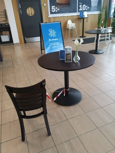 One chair is attached to one table
