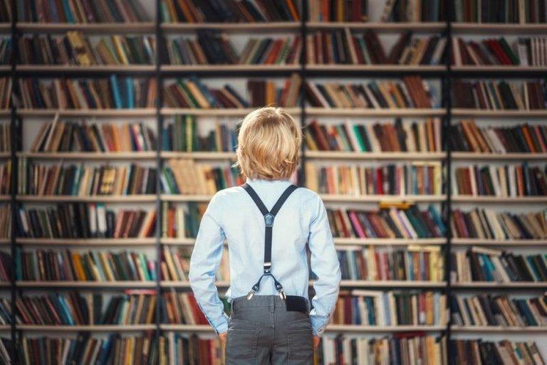Elpersonalbibliotecarioesunodelosprincipalesreclamosparaatraerusuariosalasbibliotecas.jpg
