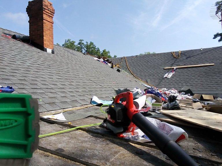 20210826_103759_HDR roof.jpg