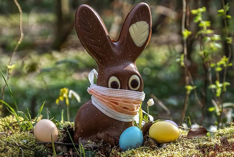 easter-2020-corona-easter-bunny-chocolate-easter-eggs-outdoor-fresh-air-virus.jpg
