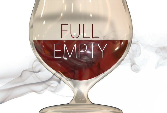 Glass_Geralt_Pixabay.jpg