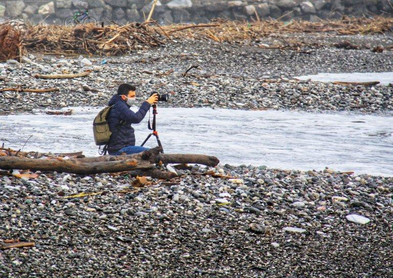 Fotografa il mare mosso...