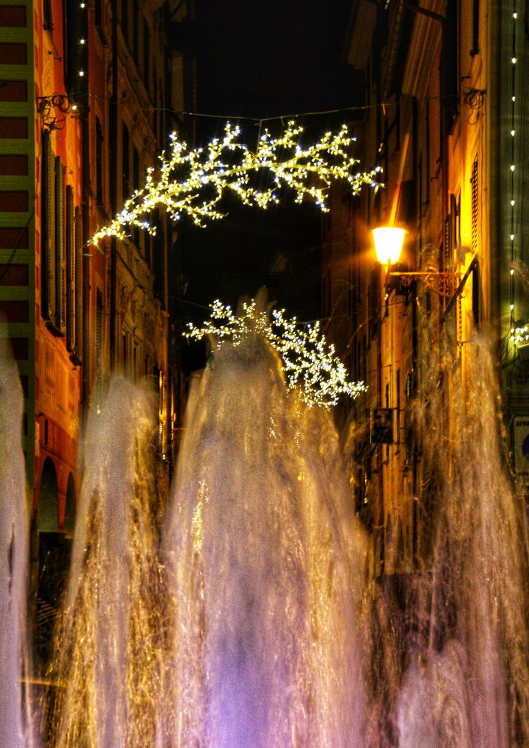 Fountains and decorations...