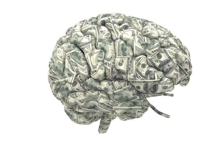 money-saving-spending-habits-psychology-1068x713.jpg