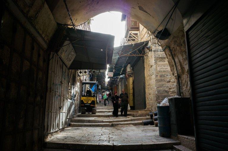 jerusalem_ramadan_old_city_2021_by_victor_bezrukov_3.jpg