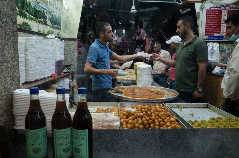 jerusalem_ramadan_old_city_2021_by_victor_bezrukov_7.jpg