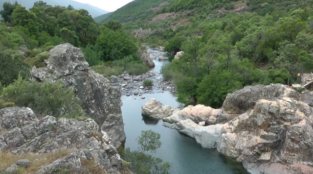 16.-Córcega-(Fango river near Ota)-fiume-1.png