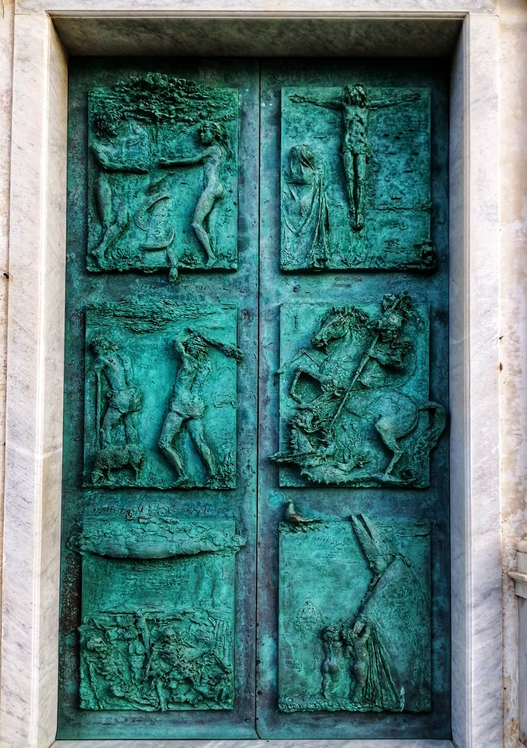 Door of the church of San Giorgio