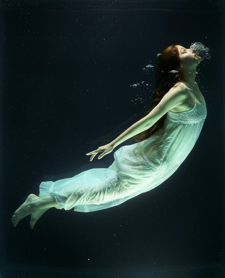 underwater1819586_1280.jpg