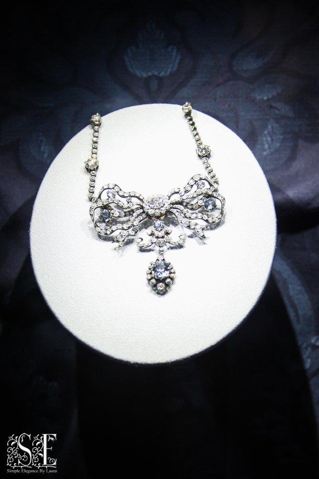 Smithsonian jewelry 1.jpg