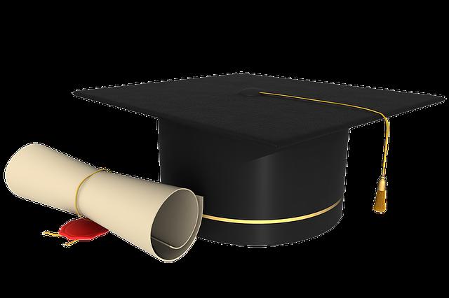 diploma1390785_640.png