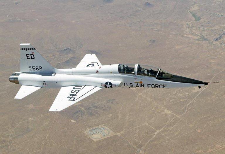 Northrop T38 Talon.jpg