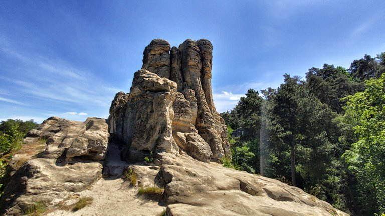 Five finger rock