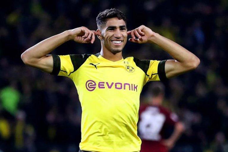 Pemain-Ini-Hijrah-ke-Dortmund-Karena-Ingin-Seperti-Carvajal.jpg