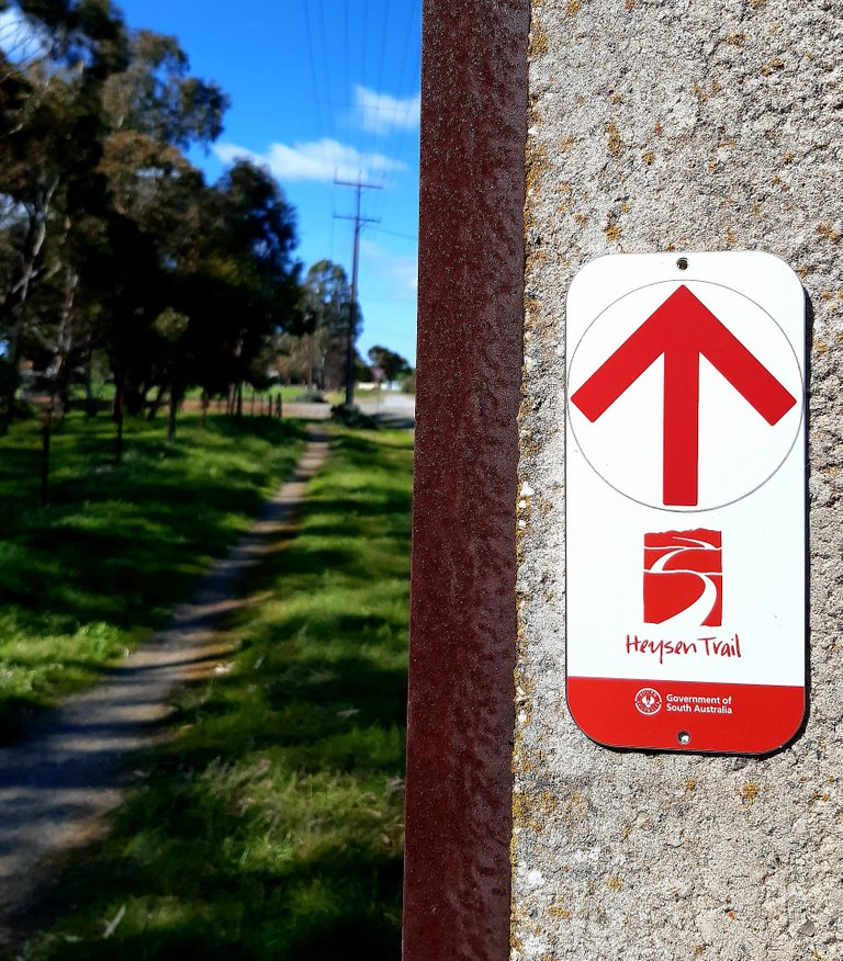 Heysen Trail sign and track in Spalding