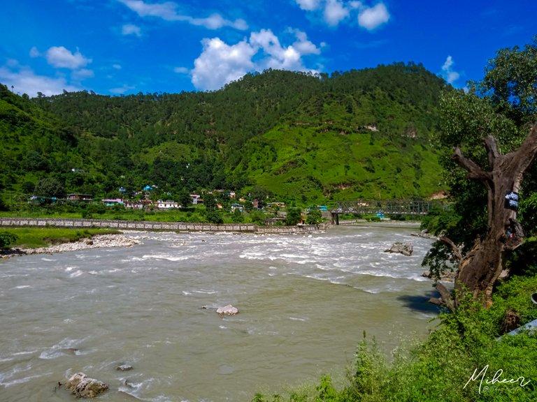 river_bageshawar.jpg_2.jpg