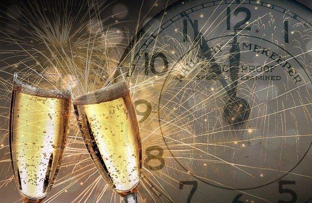new-years-eve-champagne.jpg