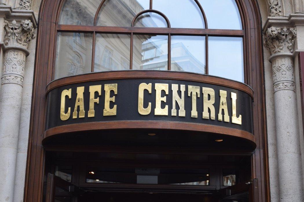 Cafe Central!