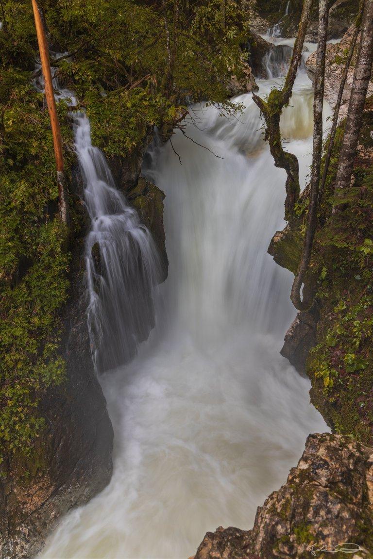 Hive AlphabetHunt Waterfall