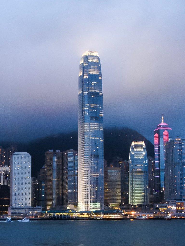 IFC,_Hong_Kong_Island_(2796343561).jpg