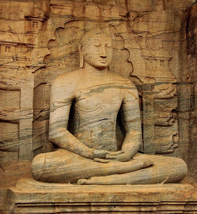 Buddha carving srilanka pixa.jpg