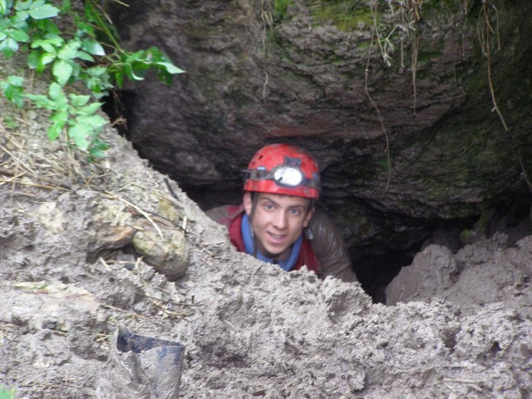 Exploration of the cave gone wrong... It ain't Sanctum movie